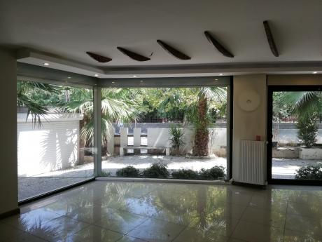 Bornova Anadolu Lisesi Karşısında Kiralık Bahçeli 5+1 Köşe İkiz Villa