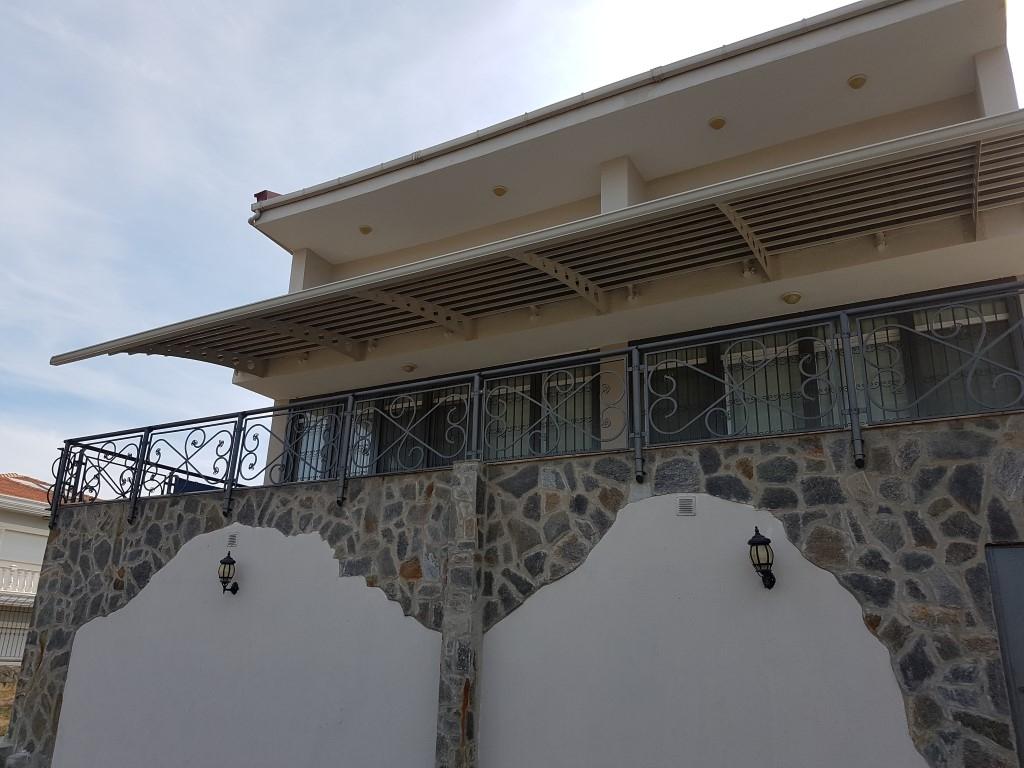 Kuşadasında Muhteşem Full Deniz Manzaralı 4+1 Satılık Villa