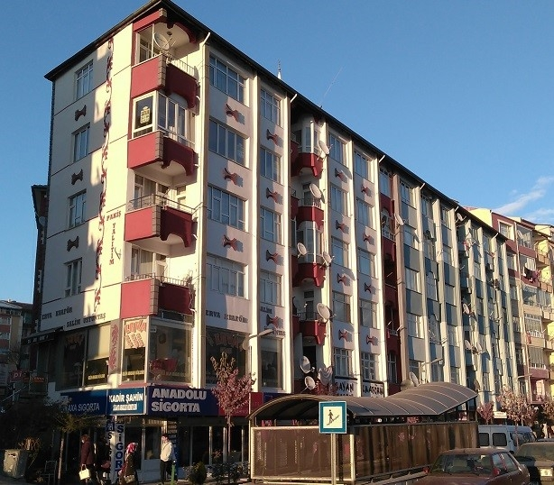 Eskidji Gayrimenkul Sivas Caddesi 100 M2 2+1