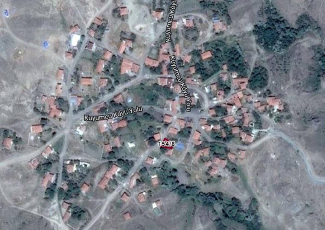 Eskidji Gayrimenkul Kuyumcu Köyünde Satılık Bahçeli Ev