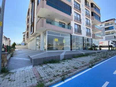 Evora Yakını Cadde Üzeri 360m2 Bacalı Fırsat İşyeri