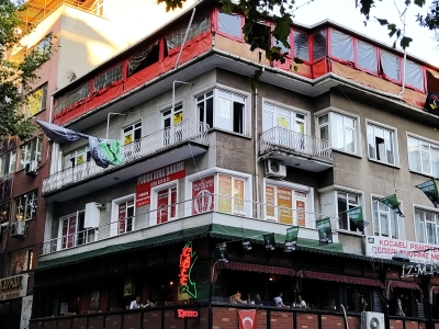 İzmit Merkez Fethiye Caddesi Köşe Bina Ofis.