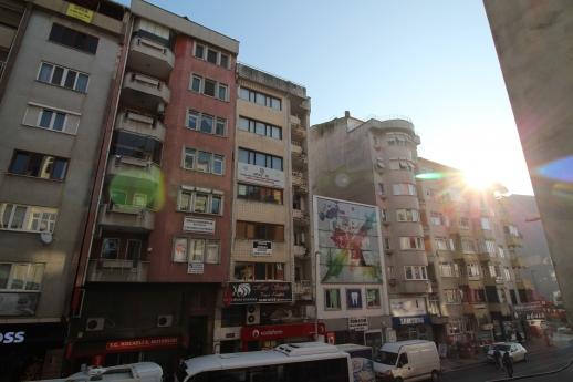 Çarşı Merkez'de 140m2 3+1 Arakat Asansörlü Daire Eskidji'den
