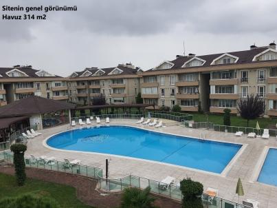 Eskidji'den Nuh Çimento Park Evlerinde Satılık 4+1 Daire