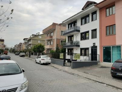 Eskidjiden Yenişehir Tramvay Yanı Klimalı Kombili 1+1 Ara Kat